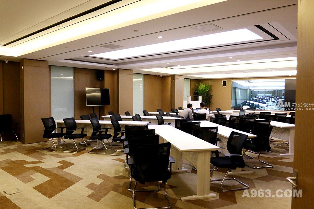 北京车易拍办公楼设计说明